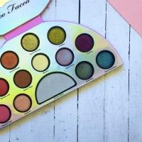 Paleta de sombras Life's A Festival - Too Faced |Unicorn Palette, ¿merece la pena?